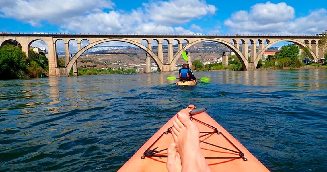 Kayaking & Hiking off road in Douro Valley: the new adventure cocktail in Porto