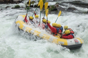 Best time to do white water rafting in Porto?