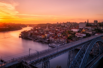 Single Travelers in Porto // what to do?